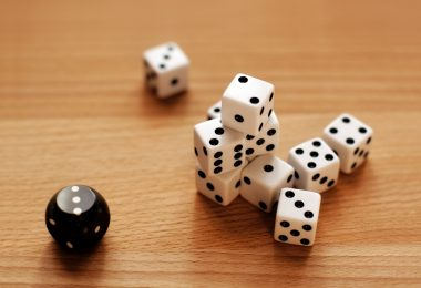 Dice | © Daemys | Dreamstime Stock Photos